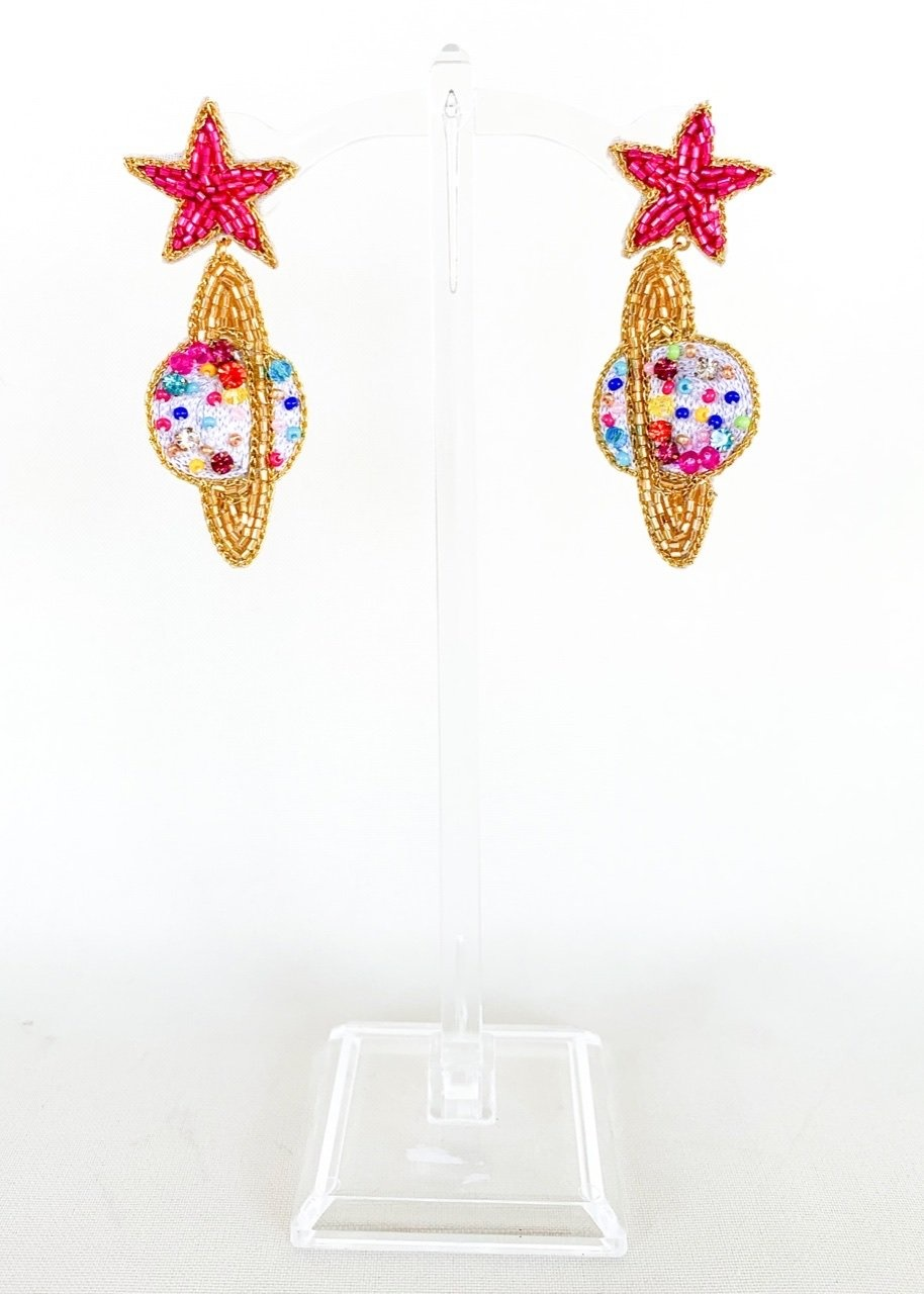 Dos Femmes I need Space Earrings