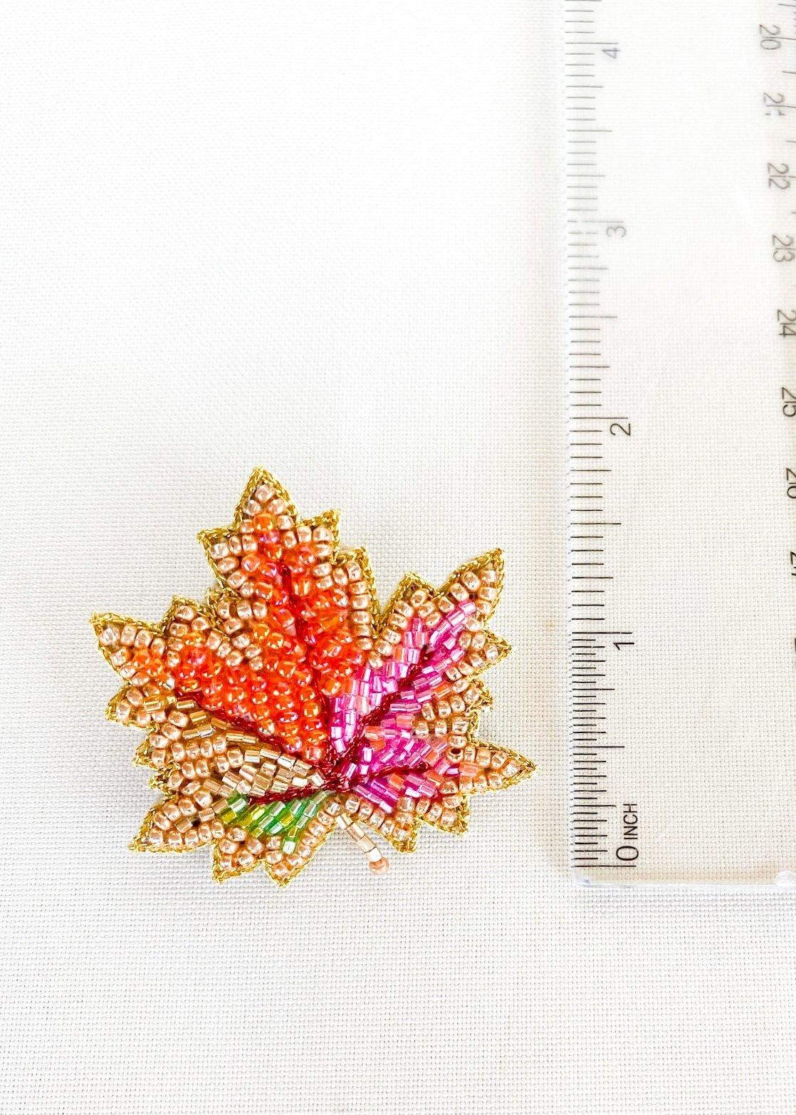 Dos Femmes Maple Leaf Earrings