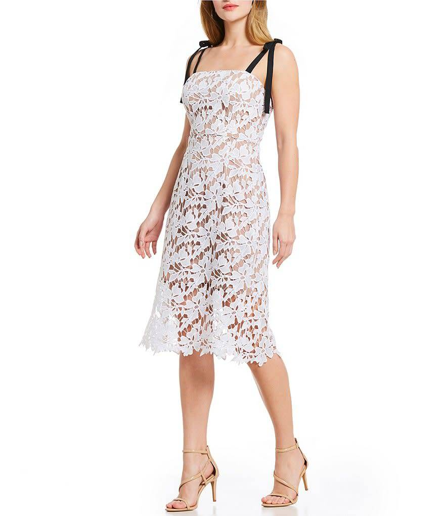 Donna Morgan Luna Lace Dress