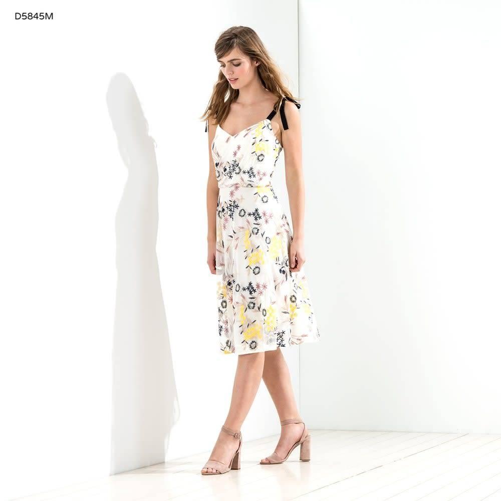 Donna Morgan Imogene Embroidered Dress