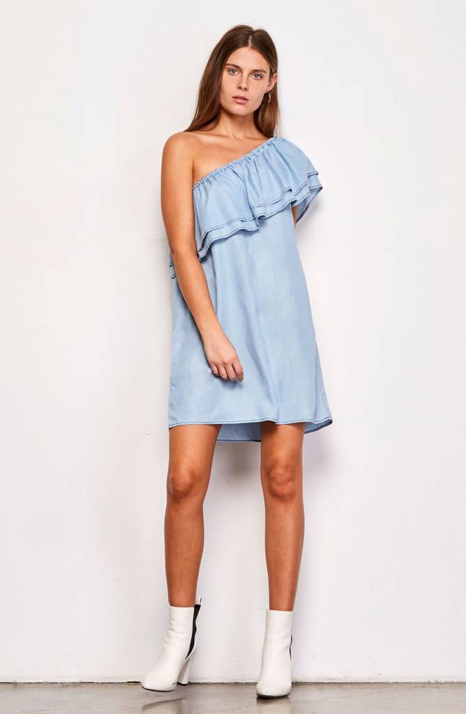 BB Dakota Isla Ruffle Dress