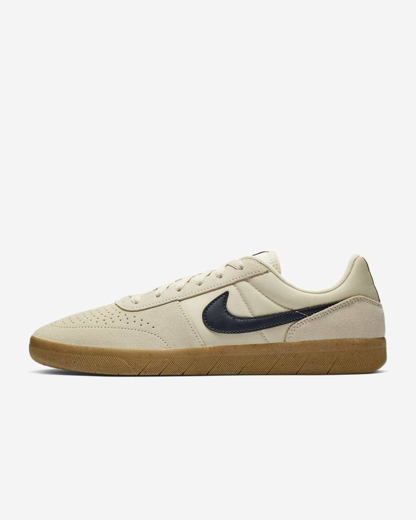 Nike USA, Inc. Nike SB Team Classic Light Cream/Obsidian