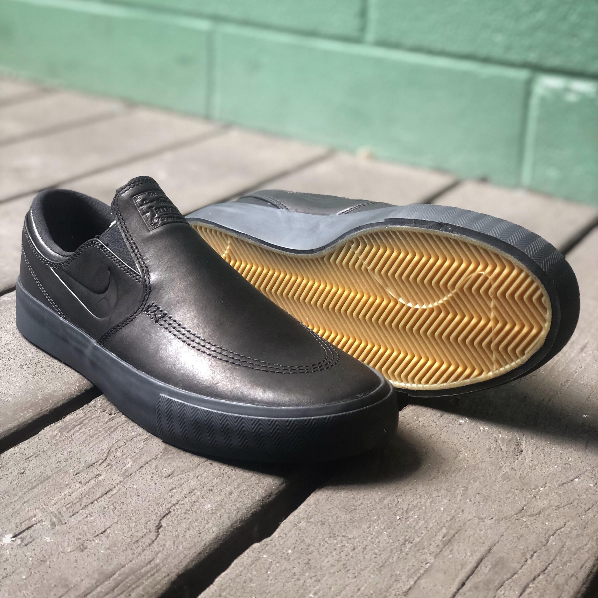 Nike USA, Inc. Zoom Janoski SLip RM ISO Black/Black/Gum