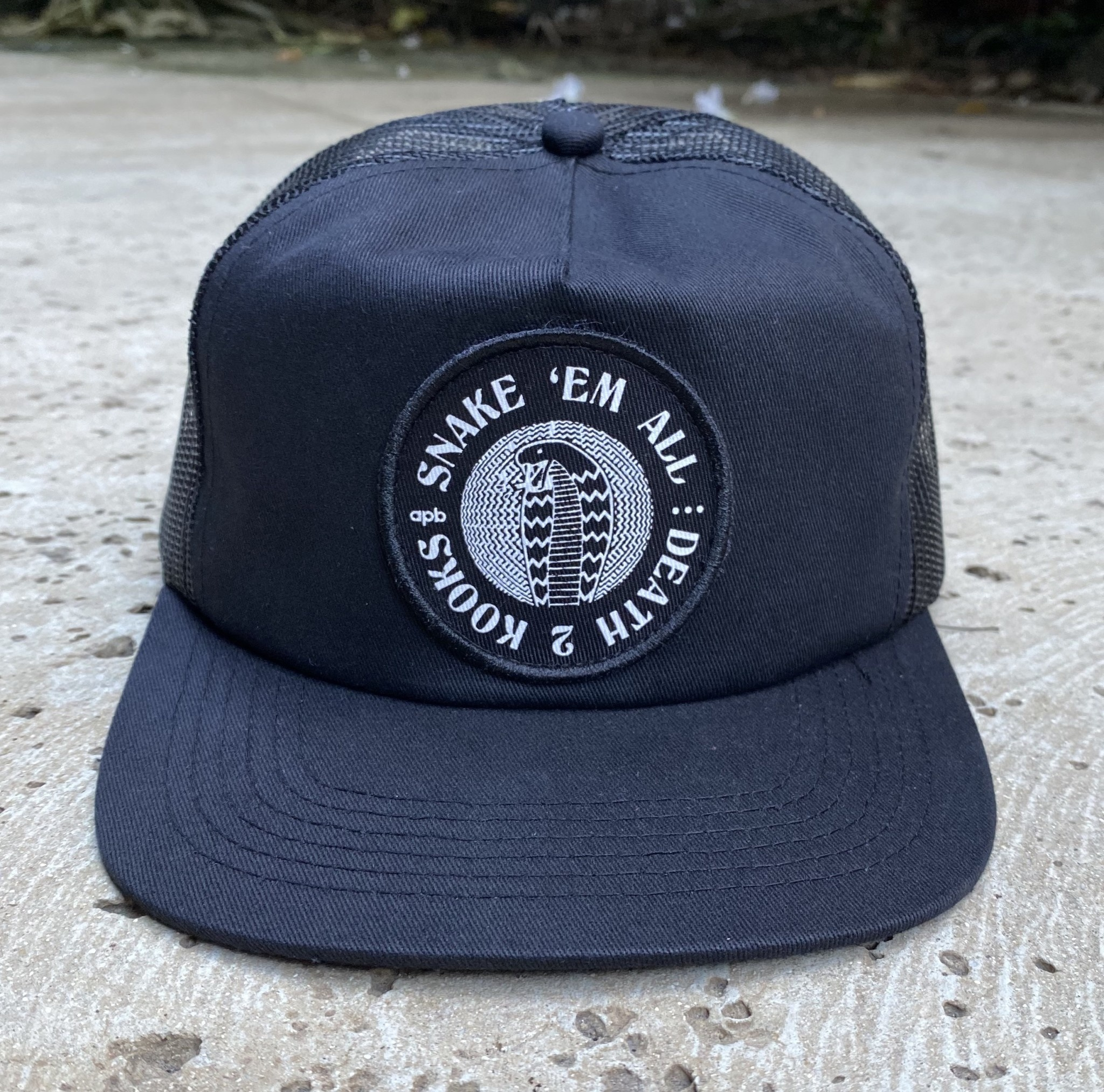APB Skateshop Snake Em All Trucker Hat Black/Black
