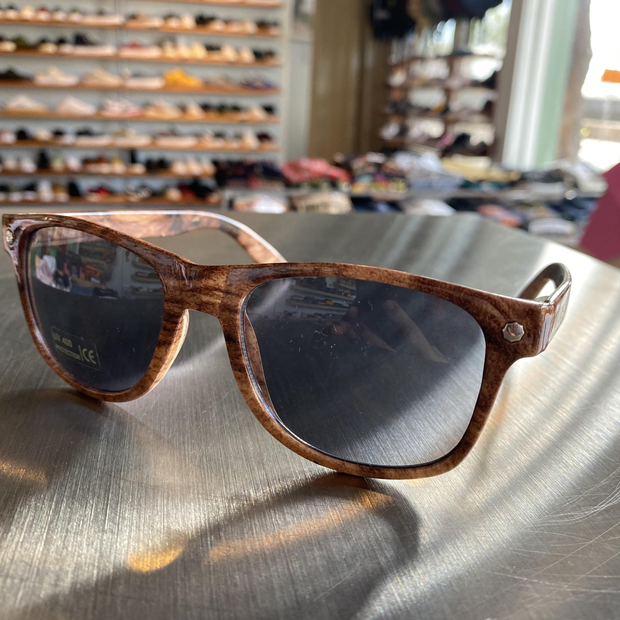 Glassy Sunglasses Leonard Wood