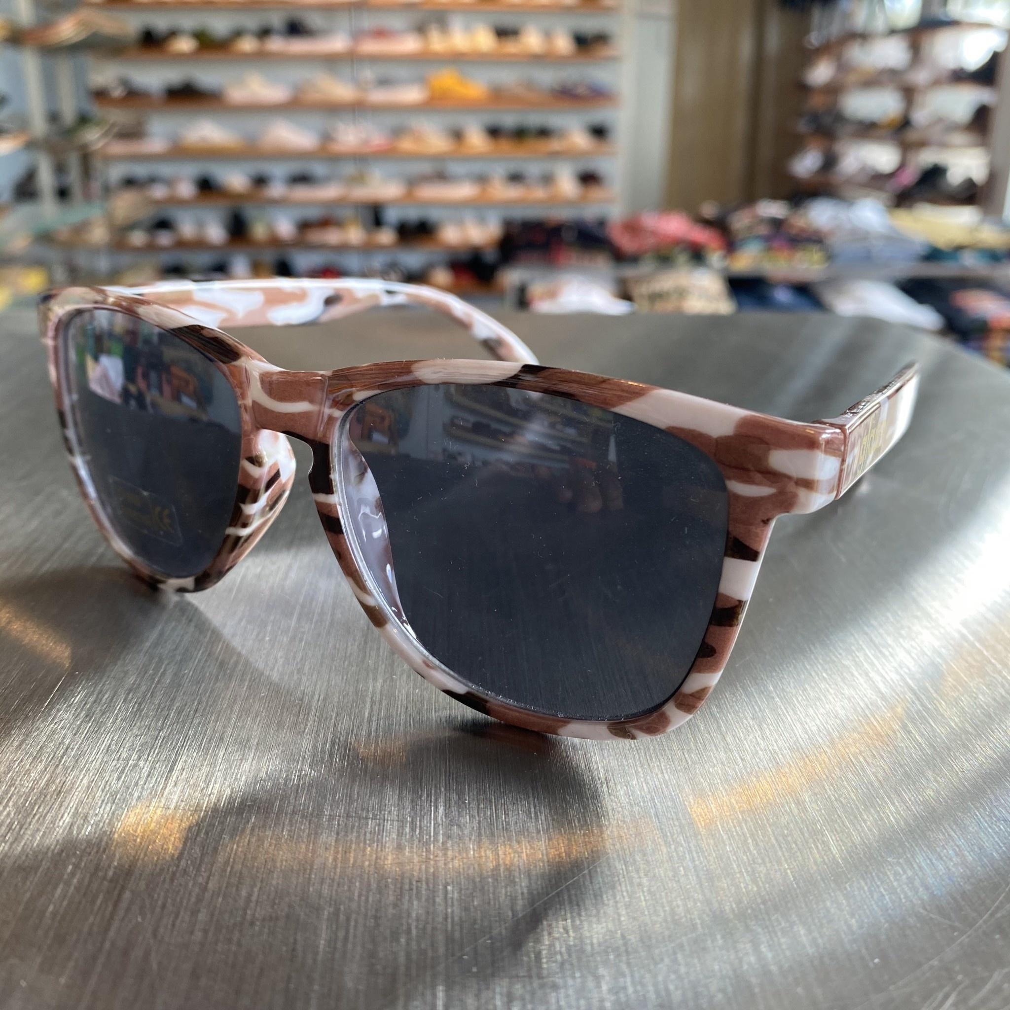 Glassy Sunglasses Deric Camo