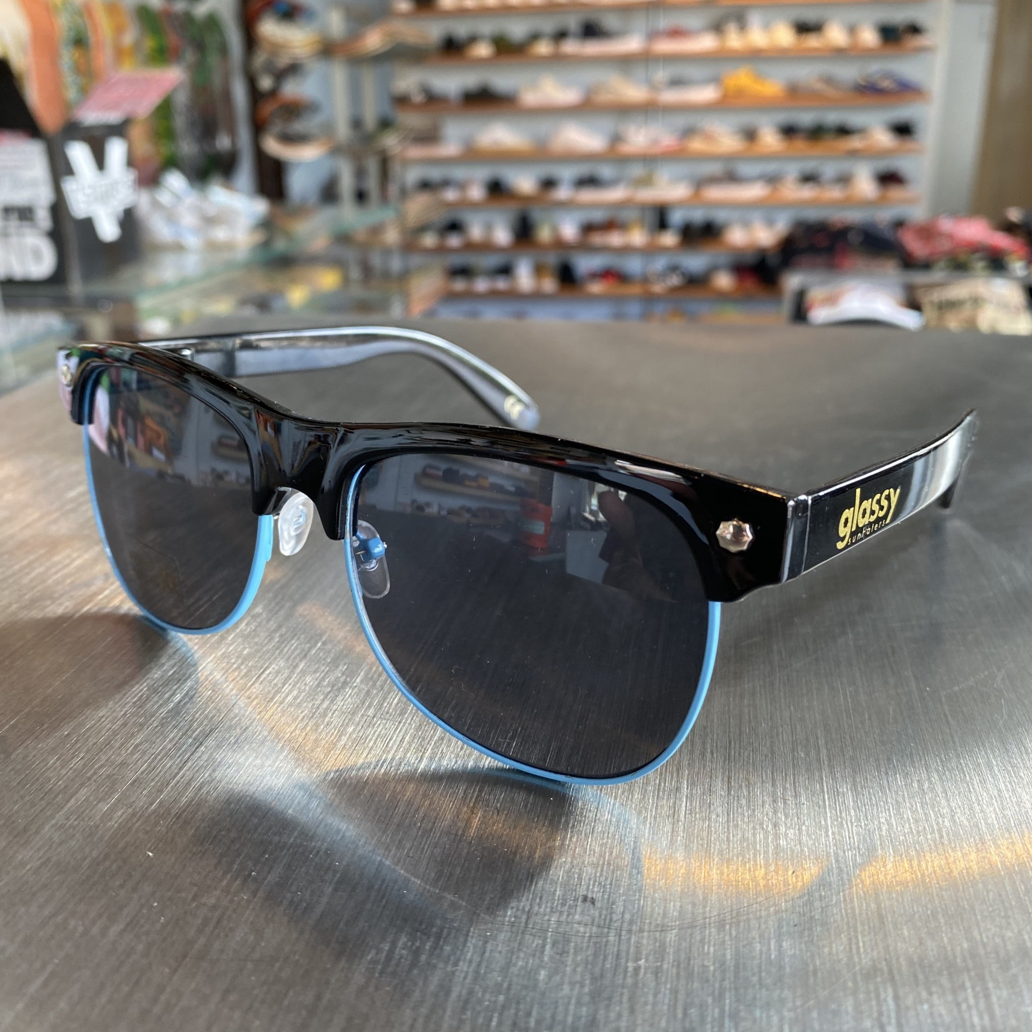 Glassy Sunglasses Shredder Blk/Blue Tri