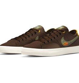Nike USA, Inc. Nike SB BLZR Court DVDL Brown/Olive