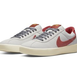 Nike USA, Inc. Nike SB Bruin React Photon/Rust