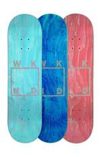 """WKND Glitter Logo Assorted Veneer 7.75"""""""