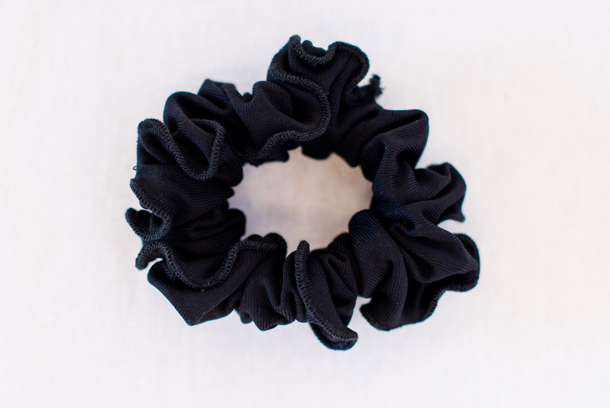Pualani Scrunchie Black Solid