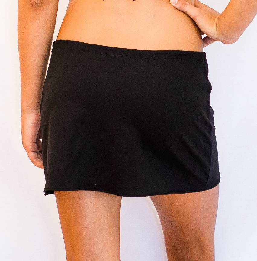 Pualani Short Drawstring Skirt Black Solid