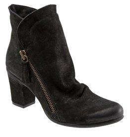 Yountville Slouchy Boot Black Nubuck