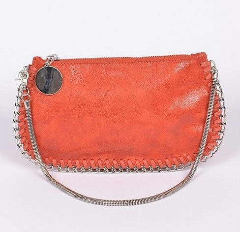 Chain Twined Clutch