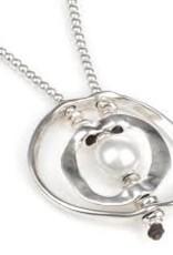 Uno de 50 A Pearl of Wisdom Necklace