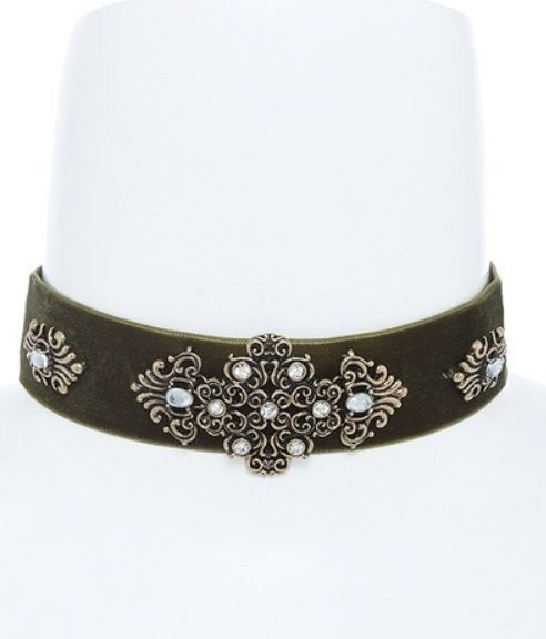 Choker Necklace w Filigree Crystal Accent
