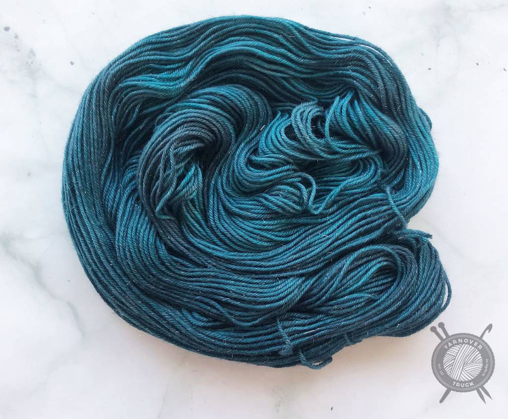 Destination Yarn Destination Yarn Silver Shiny DK Arabian Sea