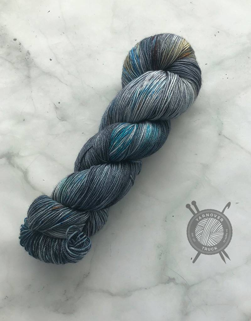 Western Sky Knits Downtown on MCS Fingering from Western Sky Knits