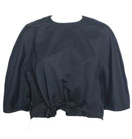 Colour 5 Power Colour 5 Power Cropped Woven Pull Over - Black