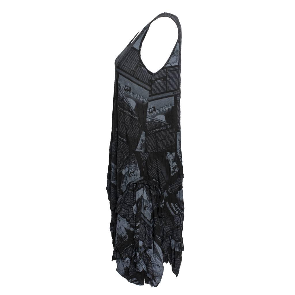 Comfy Comfy Crushed Dress - Newsprint