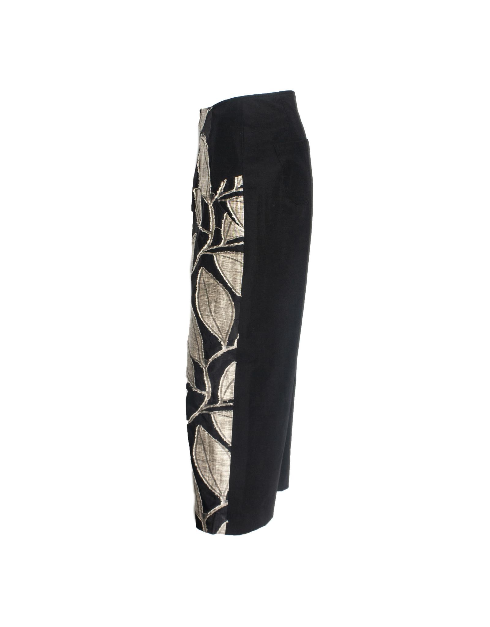 Yoshi Yoshi Yoshi Yoshi Banana Leaf Print Pants - Black