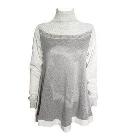 Yoshi Yoshi Yoshi Yoshi Turtle Neck Print Pullover - Cream/Grey