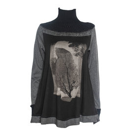 Yoshi Yoshi Yoshi Yoshi Turtle Neck Print Pullover - Black/Grey