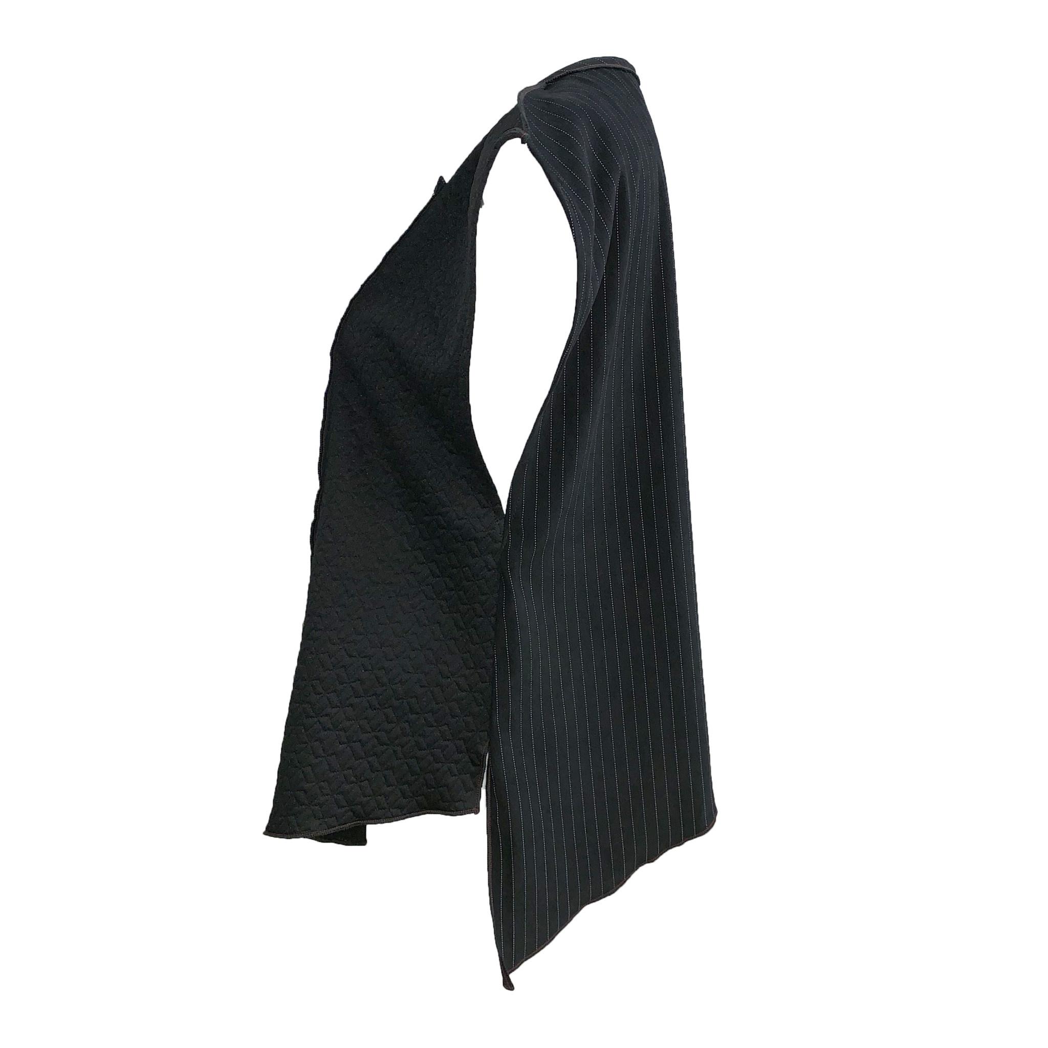 Xiao Xiao Margo Vest - Black