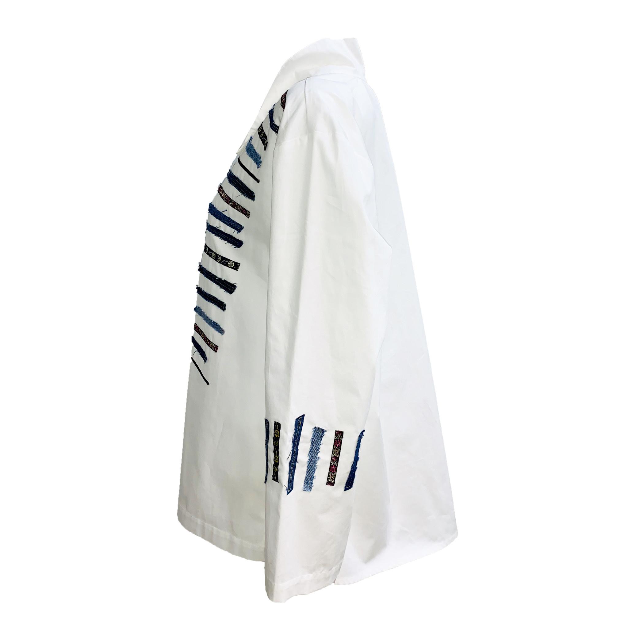 Ela Ela Patch Pattern Top - White