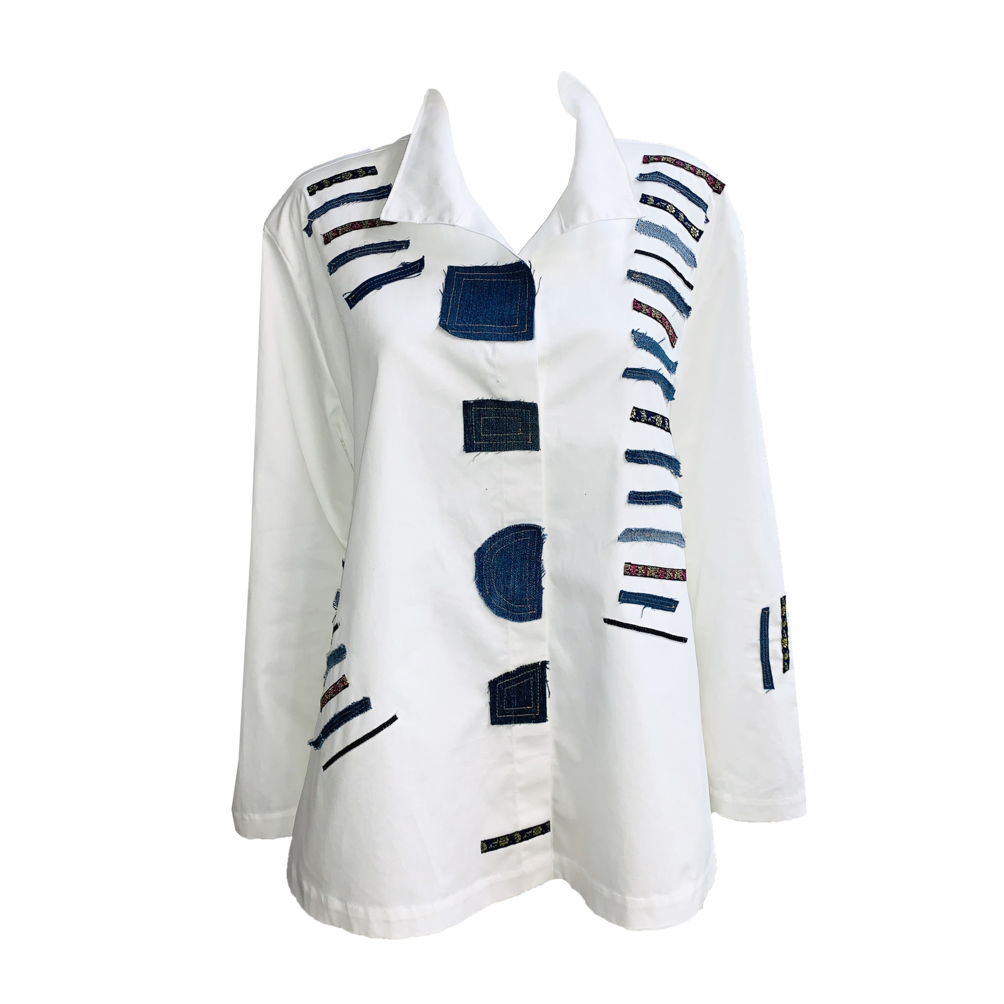 Ela Ela Patch Pattern Top - White