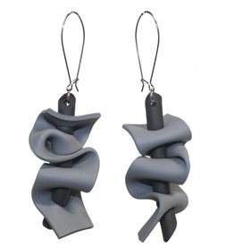 Neo Ruffle Earrings