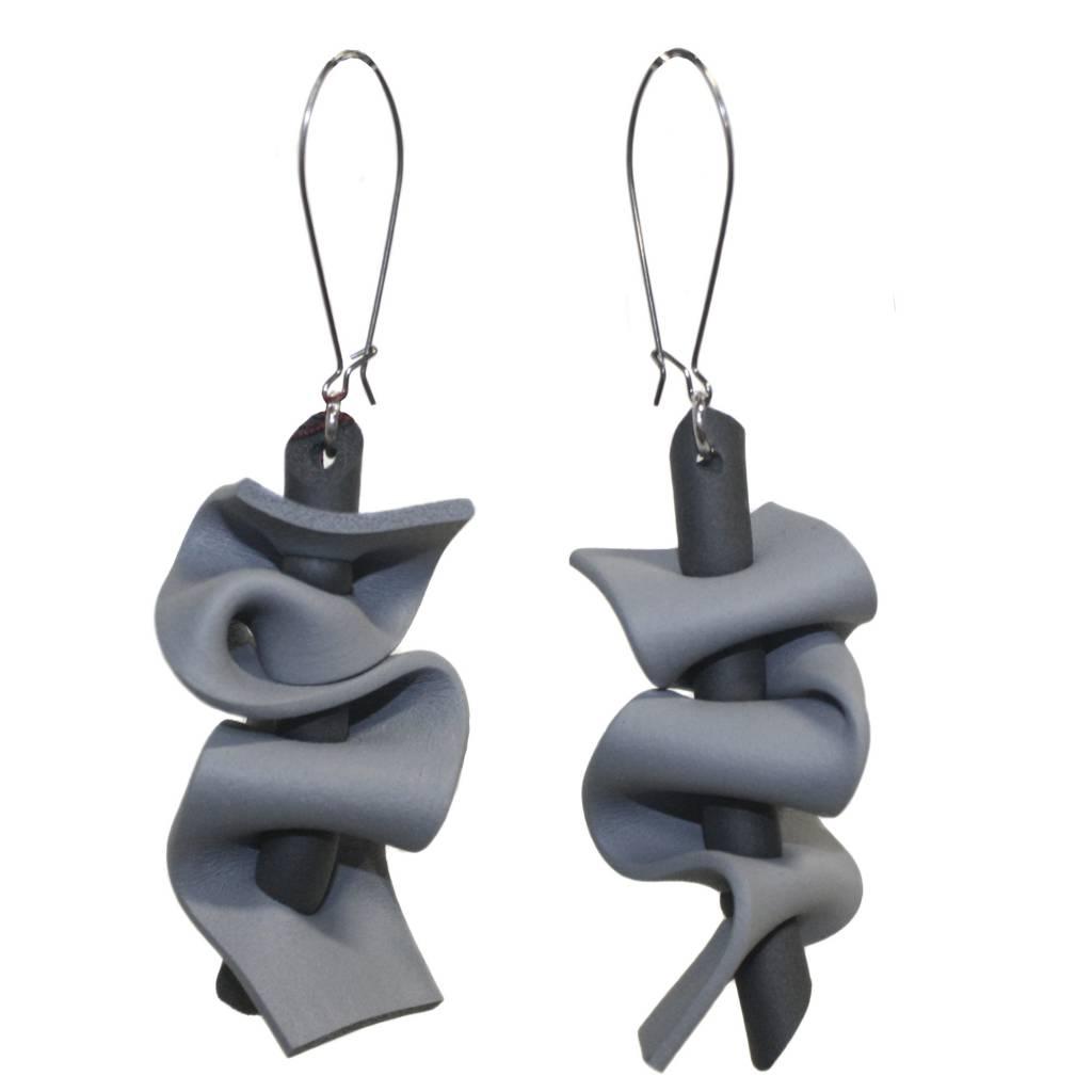 Neo Ruffle Earrings
