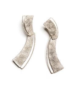 Reiko Reiko Isabelle Drop Comma Earrings
