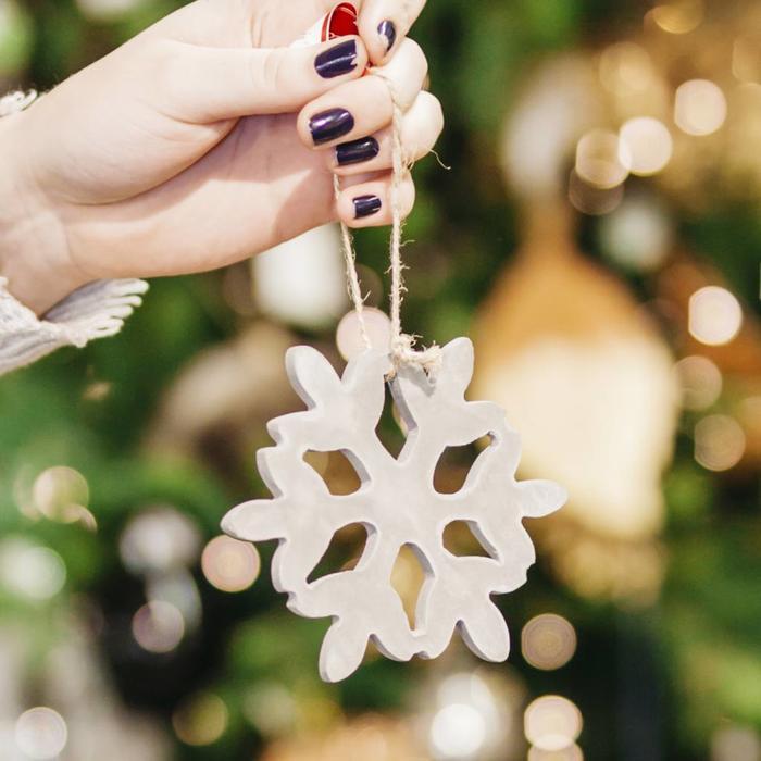 "Hanging Ceramic Snowflake Winter Sky 4.5"""