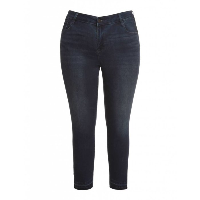Slanted Fray Hem Skinny Jean
