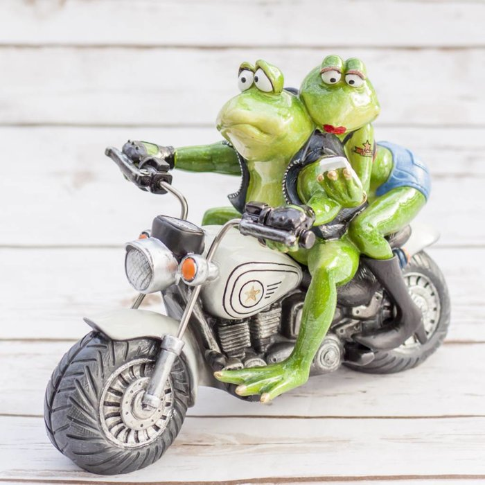 Frogs on Motorcycle 25 x 14 x 18cm