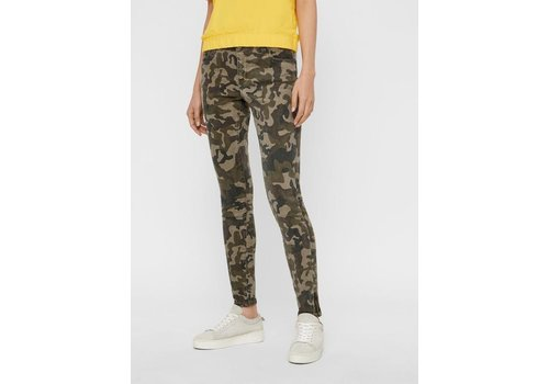 Noisy May Lucy NR Slim Camo Jeans