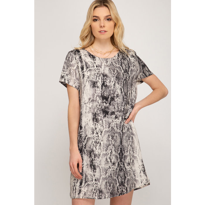 Half Sleeve Shift Dress