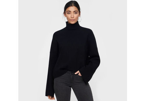 Noisy May Roll Neck Knit
