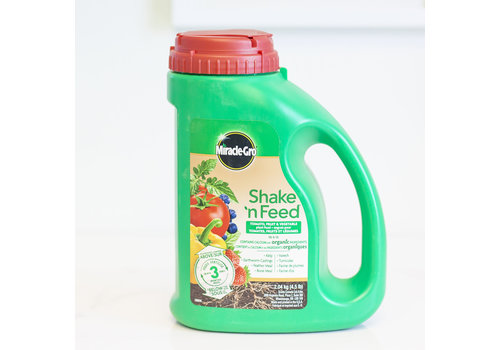 Miracle Gro Shake 'n Feed Tomatoes Fruits and Vegetables 10-5-15 2.04kg