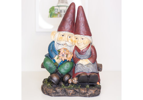 Gnome Old Couple On Beach