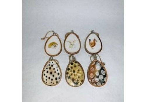 Kaemingk Mango Wood Egg With Hanger Assorted