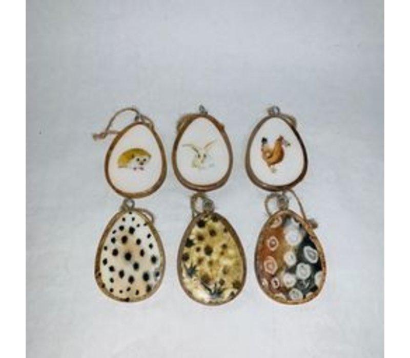 Mango Wood Egg With Hanger Assorted