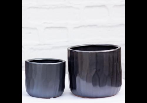 Avenue Ceramic Pot Metallic Black