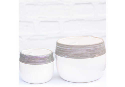 Nordic White and Grey Topped Dolomite Pot