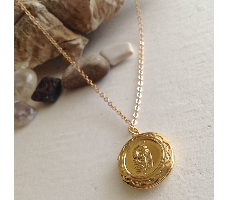 Fleur Round Floral Locket Necklace Gold