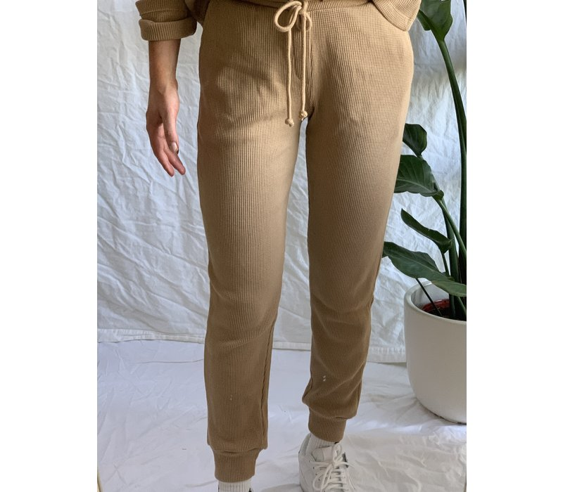 Solid Thermal Jogger