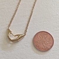 Love Hands Pendant Necklace Gold