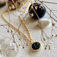 Tenerife Druzy Pendant Necklace in Black