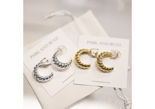 Park & Buzz Croissant Midi Earrings